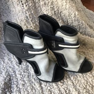 Black & white cutout heels/booties Sam Edelman